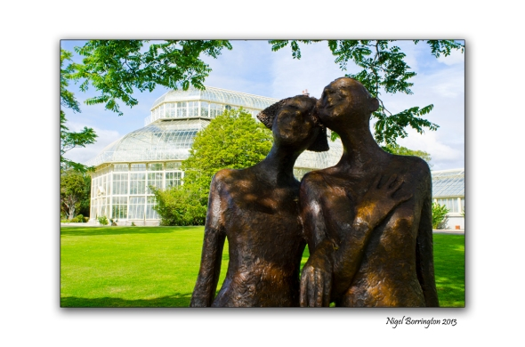 Two friends at the National Botanic Gardens 2