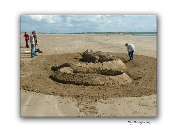 beach sculpture at tramore 2