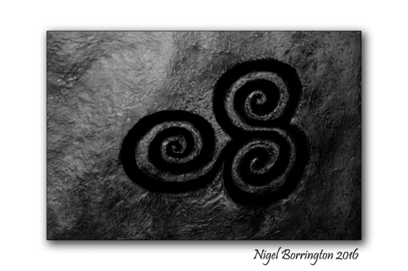 Newgrange_Triple spirals_Nigel_Borrington_101