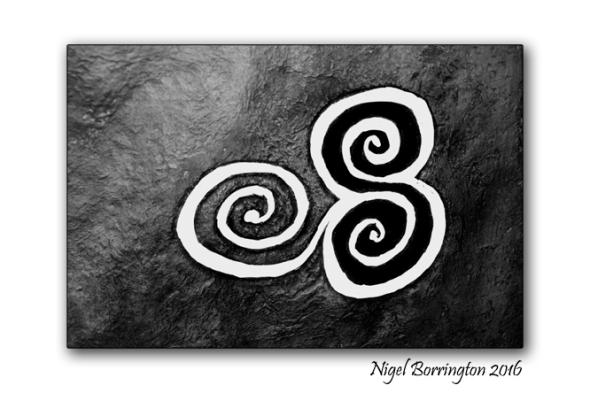 Newgrange_Triple spirals_Nigel_Borrington_303