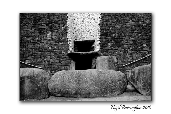Sunrise_Newgrange_02