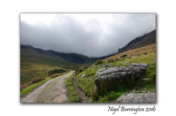 carrauntoohil_kerry_mountain_path_nigel_borrington1