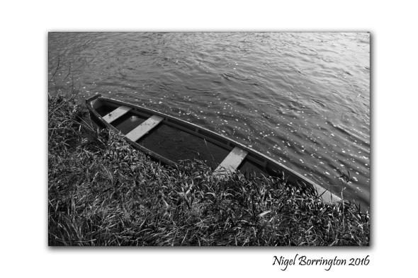 boat-men-of-the-river-suir-nigel-borrington-2016-2