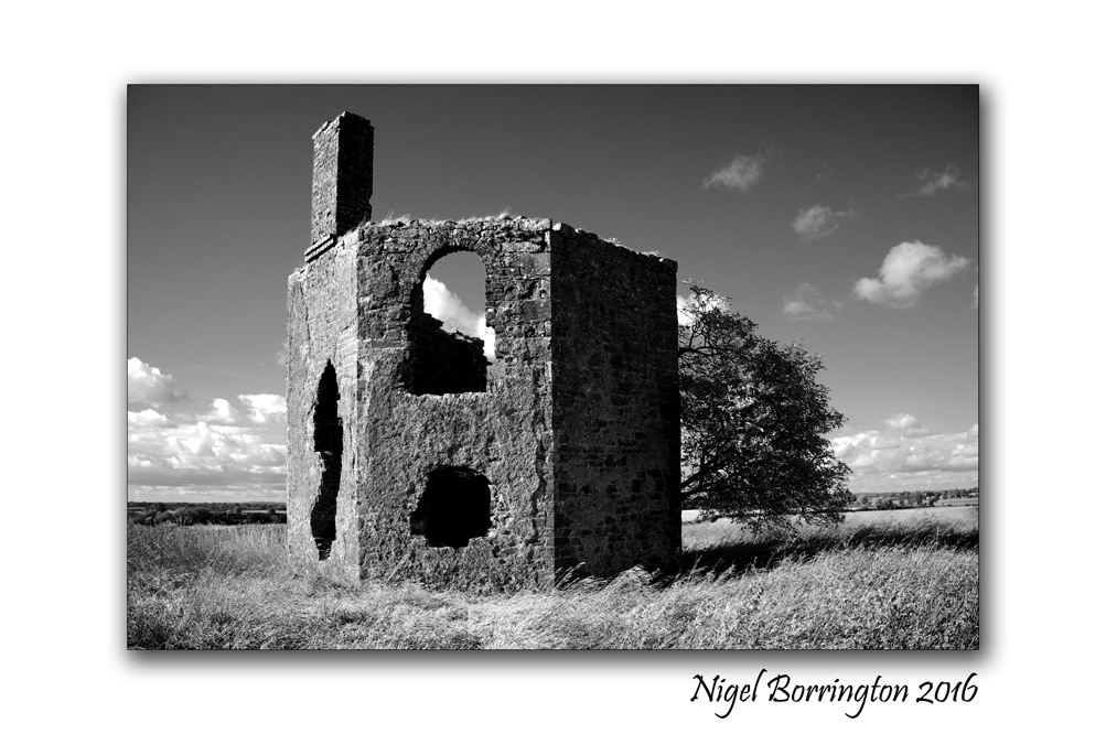 the-old-house-on-the-hill-county-kilkenny-nigel-borrington-02