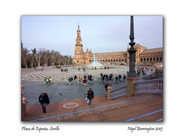 plaza-de-espana-seville-panorama-nigel-borrington-4